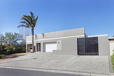 Property For Rent in D'Urbanvale, Cape Town