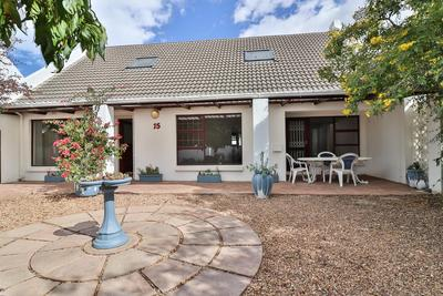 Property For Rent in Durbanville Central, Durbanville