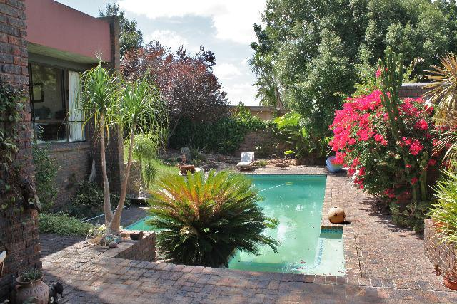 Property For Sale in Sonstraal, Durbanville 32
