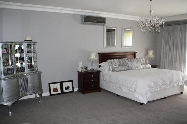 Property For Sale in Vergesig, Durbanville 4