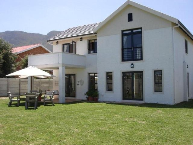 Property For Sale in Vermont, Hermanus 2