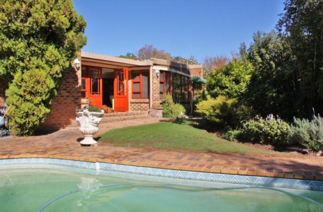Property For Sale in Bergsig, Durbanville 2