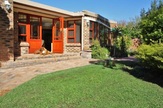 Property For Sale in Bergsig, Durbanville 14