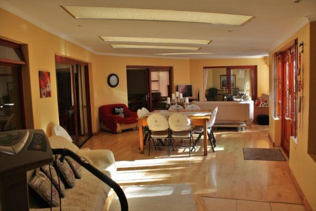 Property For Sale in Bergsig, Durbanville 21