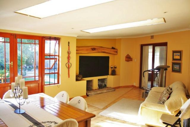 Property For Sale in Bergsig, Durbanville 22