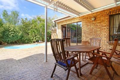 House For Sale in Sonstraal, Durbanville