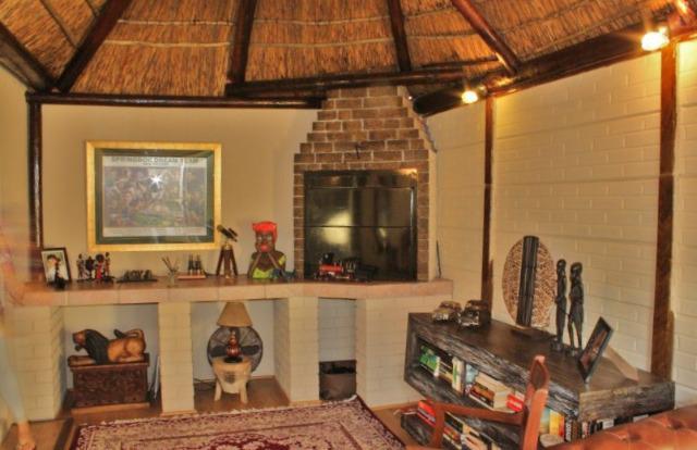 Property For Sale in Durmonte, Durbanville 10