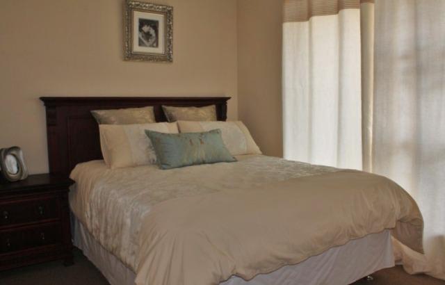 Property For Sale in Durmonte, Durbanville 12