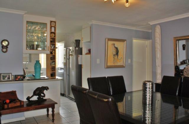 Property For Sale in Durmonte, Durbanville 18