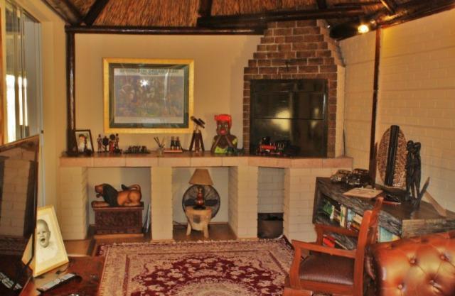 Property For Sale in Durmonte, Durbanville 11
