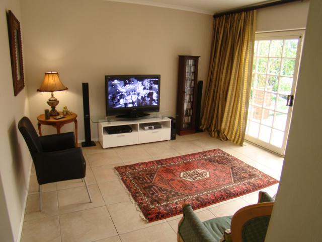 Property For Sale in Sonstraal, Durbanville 11