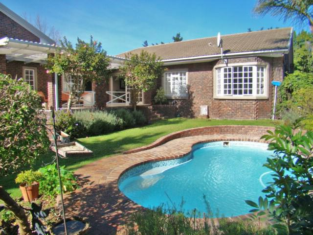 Property For Sale in Sonstraal, Durbanville 1