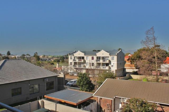 Property For Sale in Durbanville, Durbanville 21