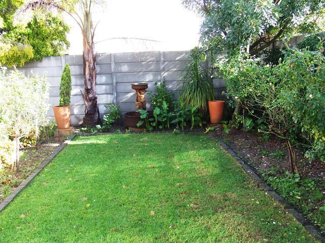 Property For Sale in Tara, Durbanville 14