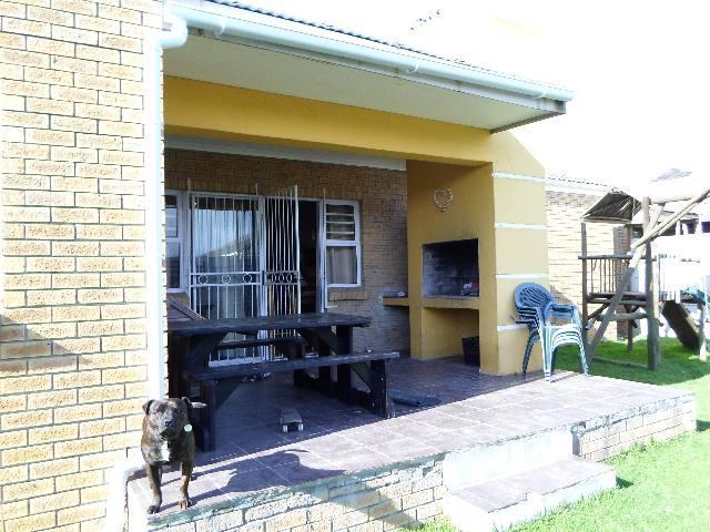 Property For Sale in Uitzicht, Durbanville 14