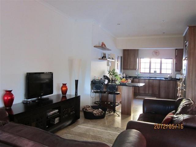 Property For Sale in Uitzicht, Durbanville 5