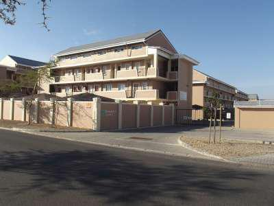 Property For Sale in Uitzicht, Durbanville 3