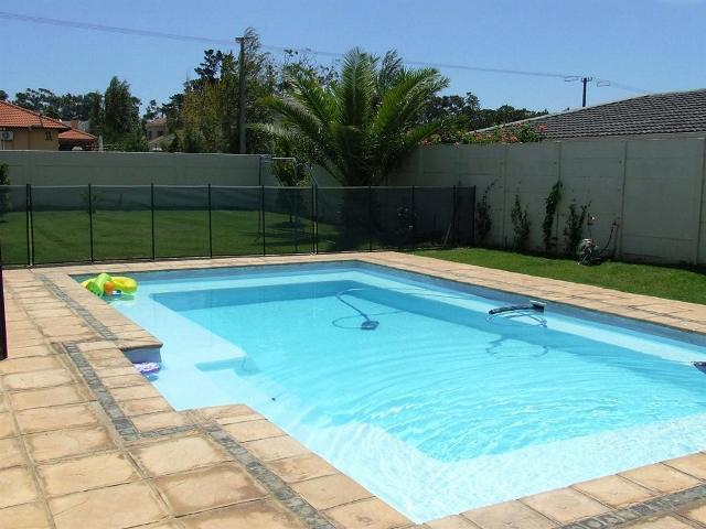 Property For Sale in Vierlanden, Durbanville 15