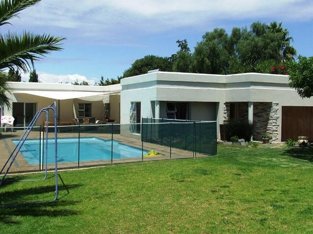 Property For Sale in Vierlanden, Durbanville 16