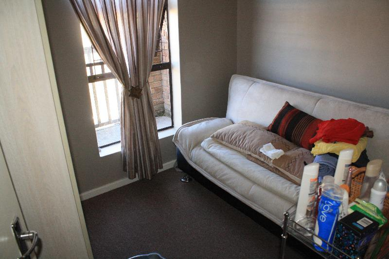 Property For Sale in Sonstraal Heights, Durbanville 9