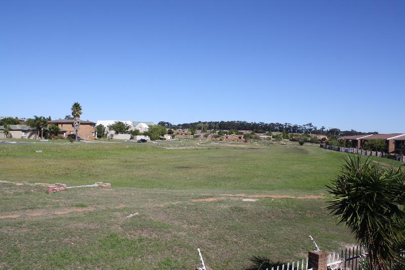 Property For Sale in Sonstraal Heights, Durbanville 16