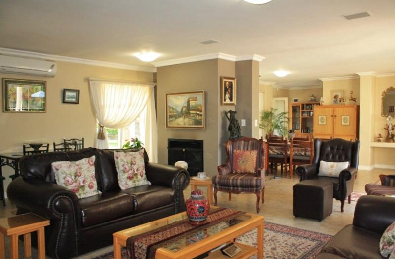 Property For Sale in Aurora, Durbanville 14