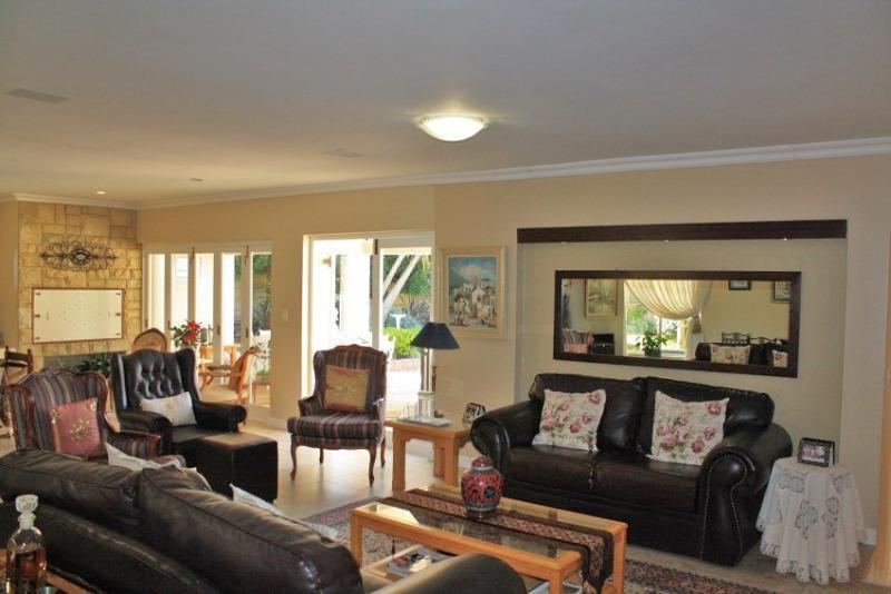 Property For Sale in Aurora, Durbanville 18