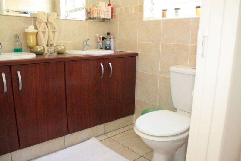 Property For Sale in Pinehurst, Durbanville 20