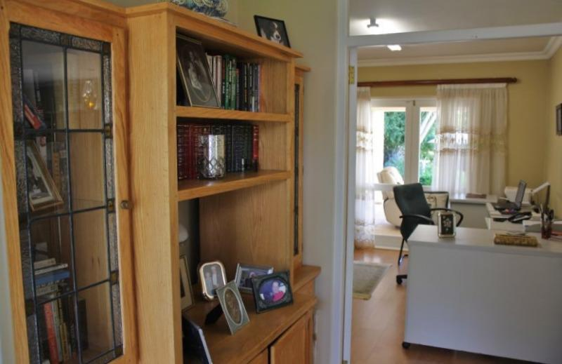 Property For Sale in Aurora, Durbanville 11