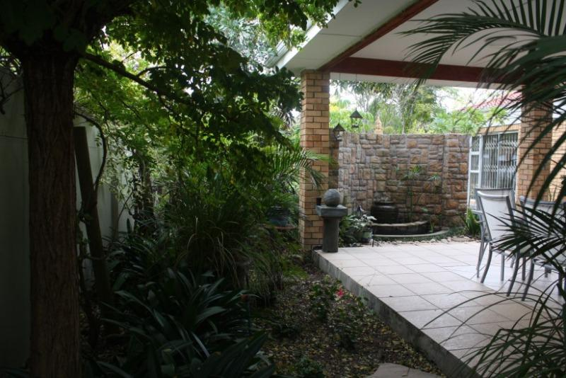 Property For Sale in Sonstraal East, Durbanville 14