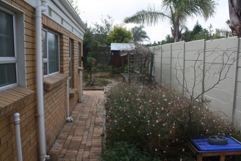 Property For Sale in Sonstraal East, Durbanville 22