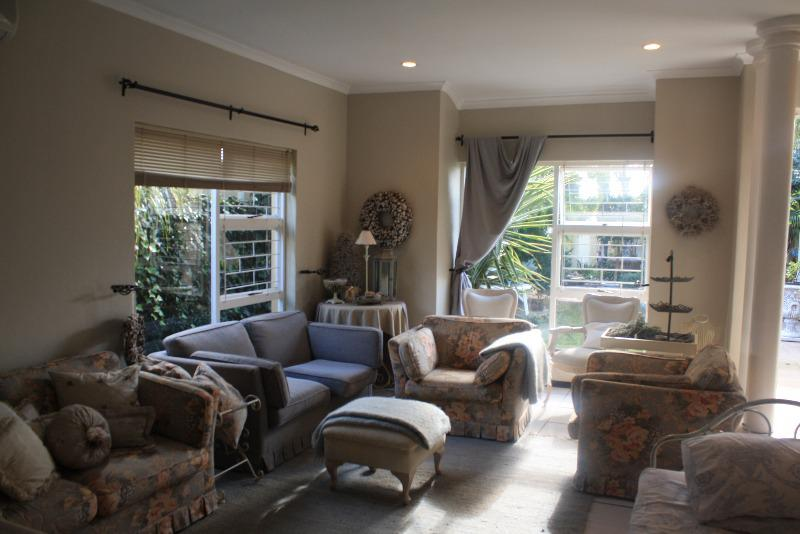Property For Sale in Goedemoed, Durbanville 4