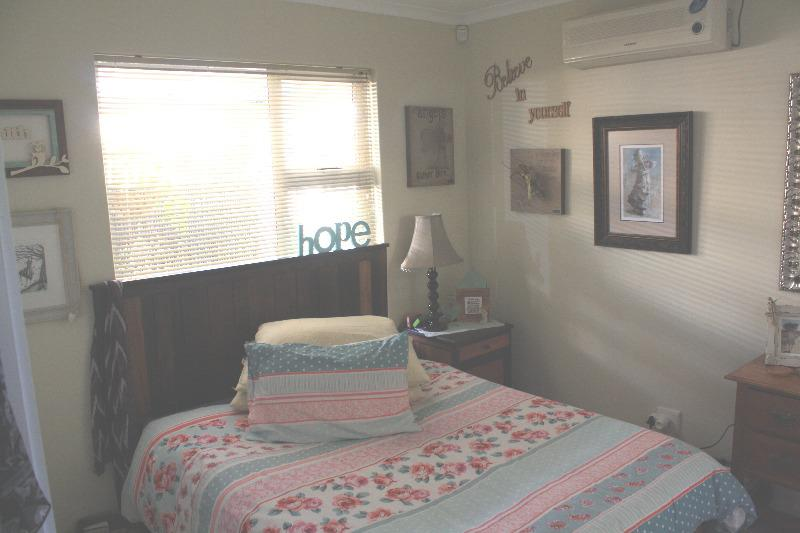 Property For Sale in Uitzicht, Cape Town 6