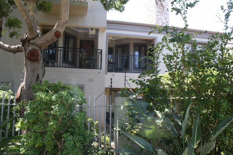 Apartment / Flat For Sale in Durbanville, Durbanville