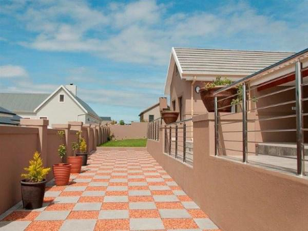 Property For Sale in Kraaibosch, George 23