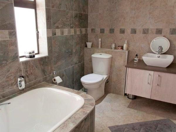 Property For Sale in Kraaibosch, George 19