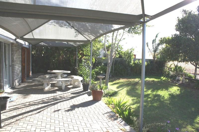 Property For Sale in Vierlanden, Durbanville 40