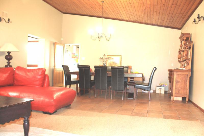 Property For Sale in Stellenberg, Bellville 7