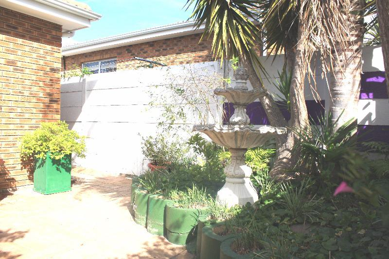 Property For Sale in Durbanville, Durbanville 23