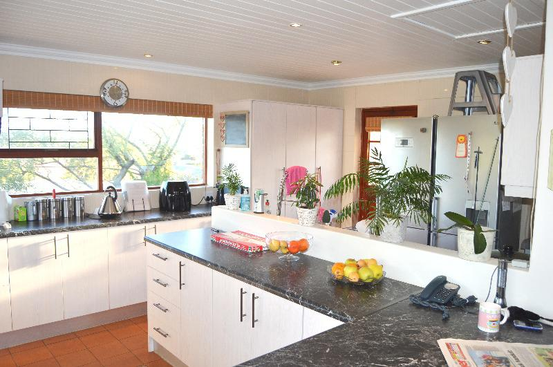 Property For Sale in Schoongezicht, Durbanville 4