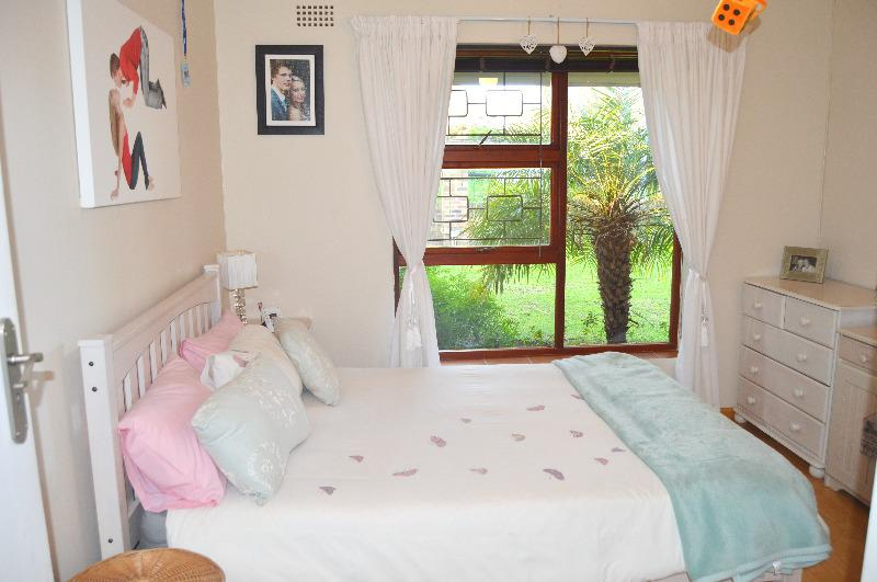 Property For Sale in Schoongezicht, Durbanville 19