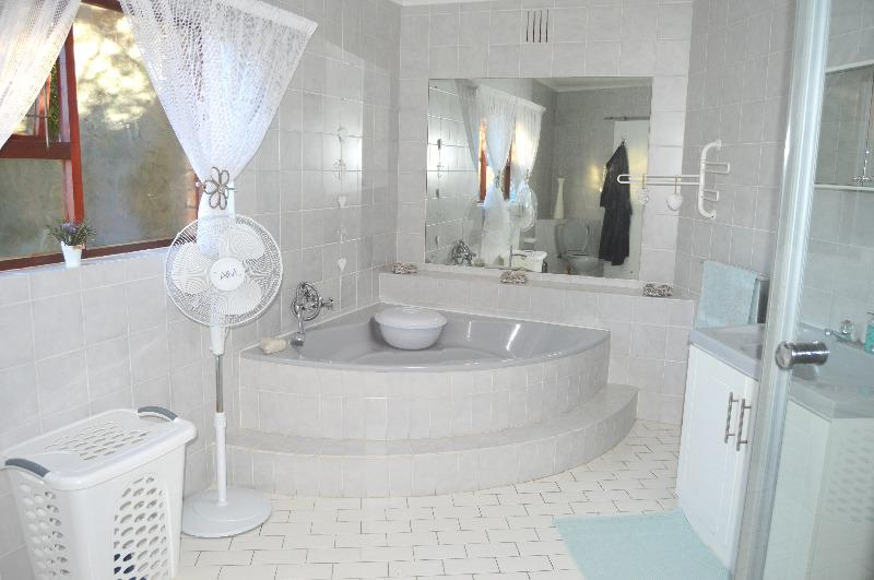 Property For Sale in Schoongezicht, Durbanville 26
