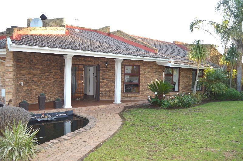 Property For Sale in Schoongezicht, Durbanville 3