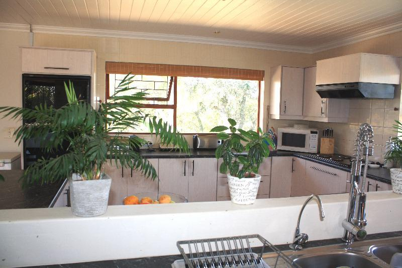 Property For Sale in Schoongezicht, Durbanville 9