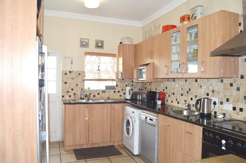 Property For Sale in Vierlanden, Durbanville 4