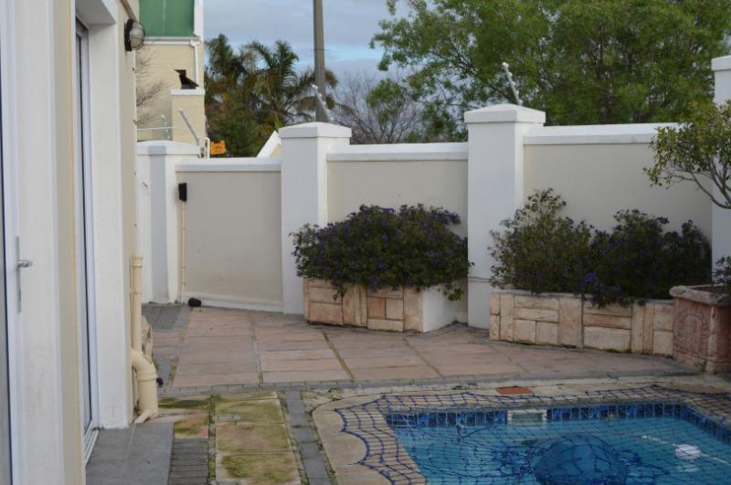 Property For Sale in Vierlanden, Durbanville 24