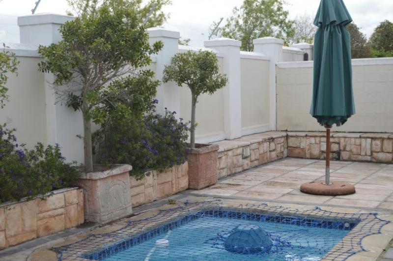 Property For Sale in Vierlanden, Durbanville 25
