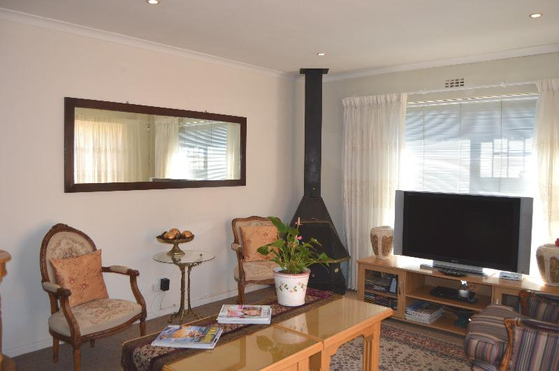 Property For Sale in Tara, Cape Town 6