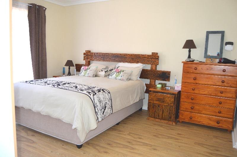 Property For Sale in Van Riebeeckshof, Bellville 18
