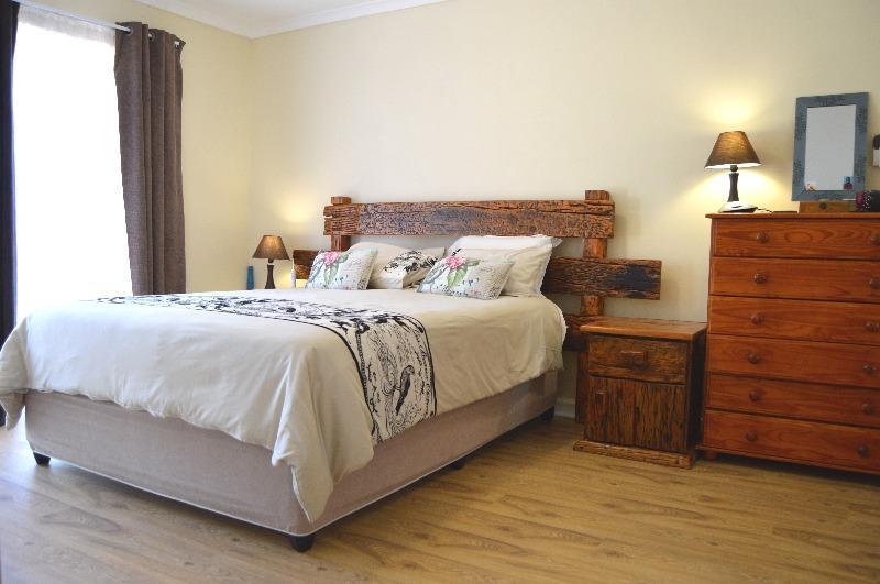 Property For Sale in Van Riebeeckshof, Bellville 20